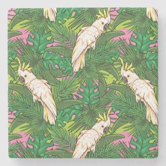 Teste padrão do papagaio com folhas de palmeira porta-copos de pedra