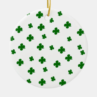 Teste padrão do trevo do dia do St. Patricks Ornamento De Cerâmica Redondo