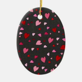 Teste padrão dos corações ornamento de cerâmica oval