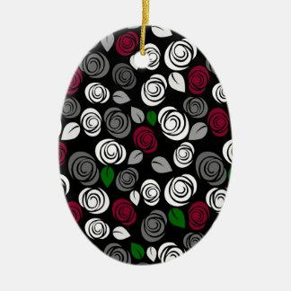 Teste padrão elegante dos rosas ornamento de cerâmica oval
