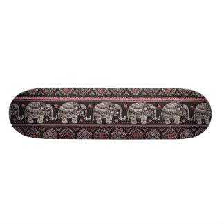 Teste padrão étnico preto do elefante shape de skate 20,6cm