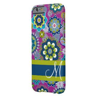 Teste padrão floral feminino com monograma capa barely there para iPhone 6