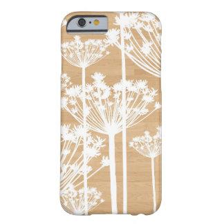 Teste padrão floral feminino das flores de madeira capa barely there para iPhone 6