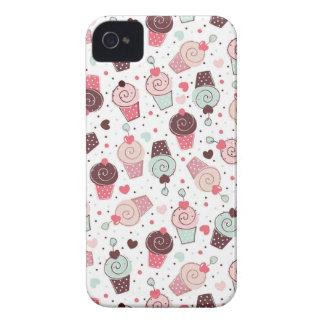 Teste padrão lunático dos cupcakes capas para iPhone 4 Case-Mate