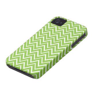 Teste padrão lunático verde da viga do ziguezague capas para iPhone 4 Case-Mate
