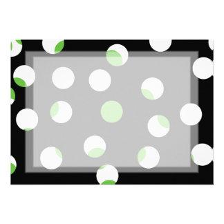 Teste padrão manchado preto branco e verde convite personalizados