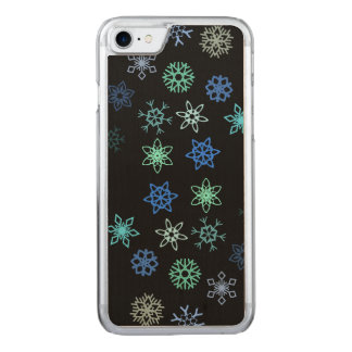 Teste padrão preto da agitação dos flocos de neve capa iPhone 7 carved