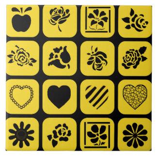 Teste padrão preto e amarelo dos quadrados do azulejo de cerâmica