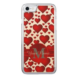 Teste padrão romântico do coração monogrammed capa iPhone 7 carved