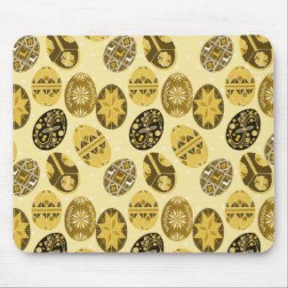 Teste padrão ucraniano do amarelo do ovo da páscoa mouse pad