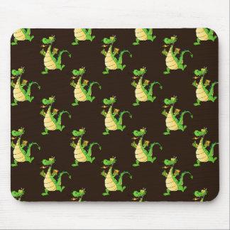 Teste padrão verde do dragão dos desenhos animados mouse pad