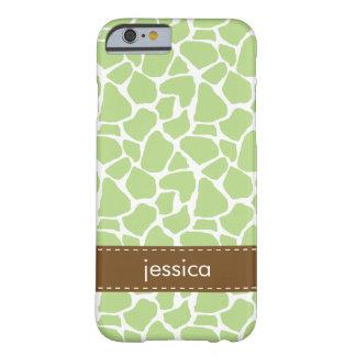 Teste padrão verde do girafa capa barely there para iPhone 6