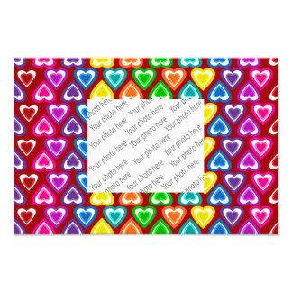 teste padrão vermelho dos corações do arco-íris foto