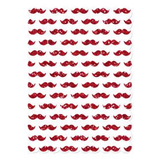 Teste padrão vermelho engraçado do bigode do convite 12.7 x 17.78cm