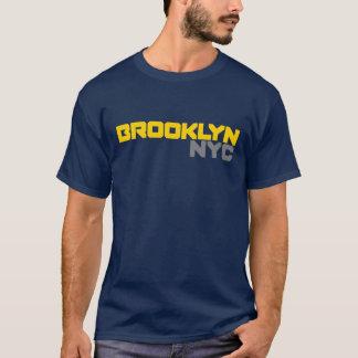 Texto corajoso de Brooklyn NYC Camiseta