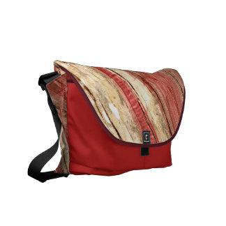Textura de madeira bolsa mensageiro