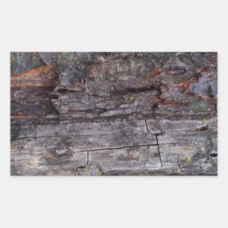 Textura de madeira torturada adesivo retangular