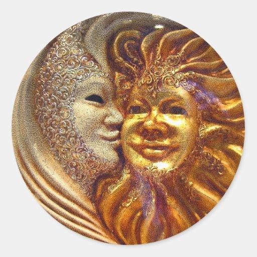 The Sun, a lua, o beijo Adesivos Em Formato Redondos