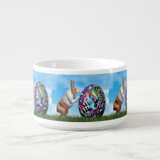 Tigela De Sopa Coelho que empurra o ovo da páscoa - 3D rendem