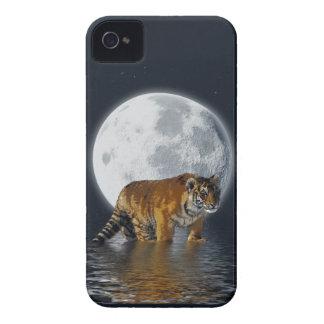 Tigre Cub, Wild-Cat, Lua cheia, animal, fantasia Capa Para iPhone