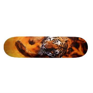 Tigre da chama shape de skate 18,7cm