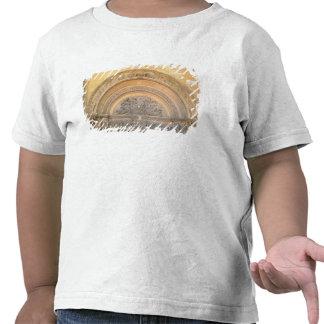 Tímpano do patamar que descreve o cristo na majest t-shirts