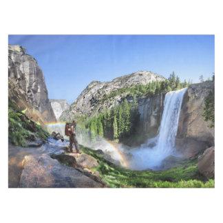 Toalha De Mesa Caminhante da queda e arco-íris Vernal - Yosemite