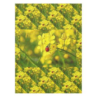 Toalha De Mesa Joaninha amarelo do vermelho da boa sorte da flor