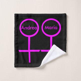 Toalha De Rosto Os amantes lésbicas personalizaram o pano da