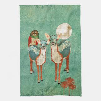Toalhas cor-de-rosa da coruja & dos cervos do Azur Toalhas De Mão