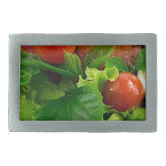 Tomates de cereja, ervas, azeite, ovos e bacon