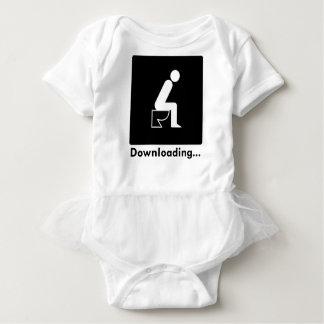 Tombadilho da transferência body para bebê