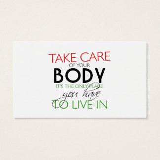 Tome de seu cartão do nutricionista do corpo
