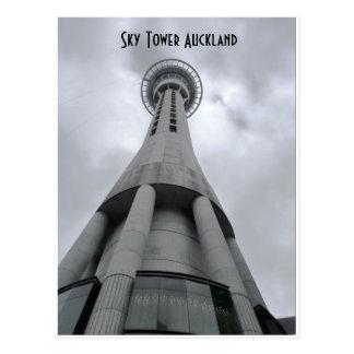 Torre Auckland do céu Cartão Postal