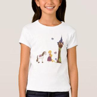Torre bonito do rapunzel e t-shirt da menina do camiseta