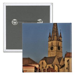 Torre de igreja evangélica pins