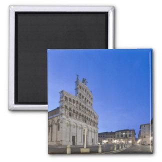 Toscânia, Lucca, praça San Michele no alvorecer Ímã Quadrado