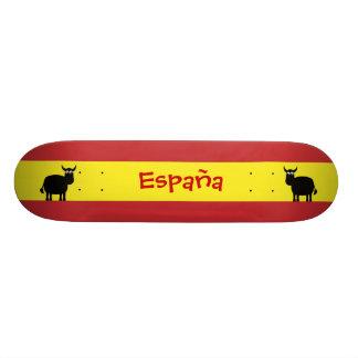 Touros espanhóis bonitos & bandeira skate