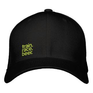 TRAIN.RACE.BEER. chapéu empilhado Cabo-ajustado Boné Bordado