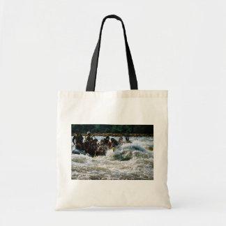 Transportar da água branca bolsas de lona