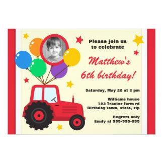 Trator de fazenda com a foto do aniversário de cri convites personalizado