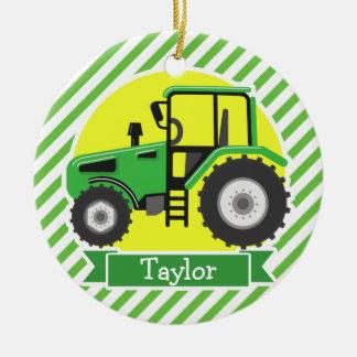 Trator de fazenda verde com amarelo;  Verde & Ornamento De Cerâmica Redondo
