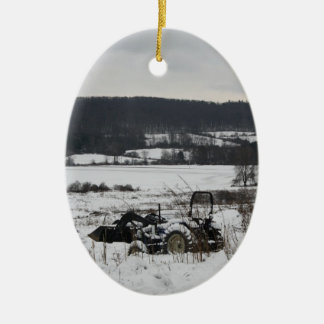 Trator na neve ornamento de cerâmica oval