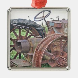 Trator oxidado ornamento quadrado cor prata