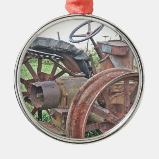 Trator oxidado ornamento redondo cor prata