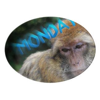 Travessa De Porcelana Macaco triste sobre segunda-feira