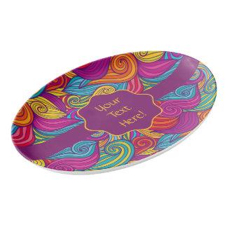 Travessa De Porcelana Teste padrão de onda colorido retro de Swirly do
