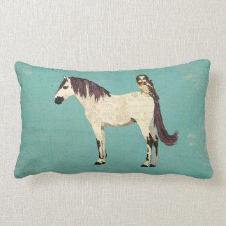 Travesseiro azul de Mojo do cavalo branco & da