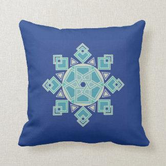 Travesseiro azul do design geométrico do floco de almofada