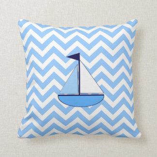 Travesseiro azul do veleiro de Chevron Almofada